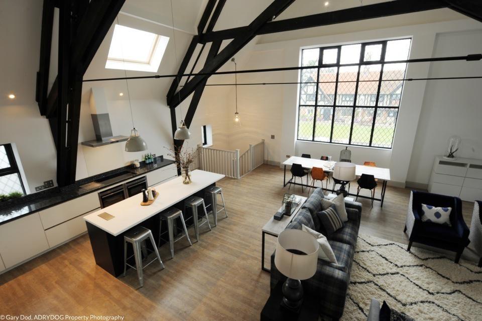 Ogilvie Hall – living room 3